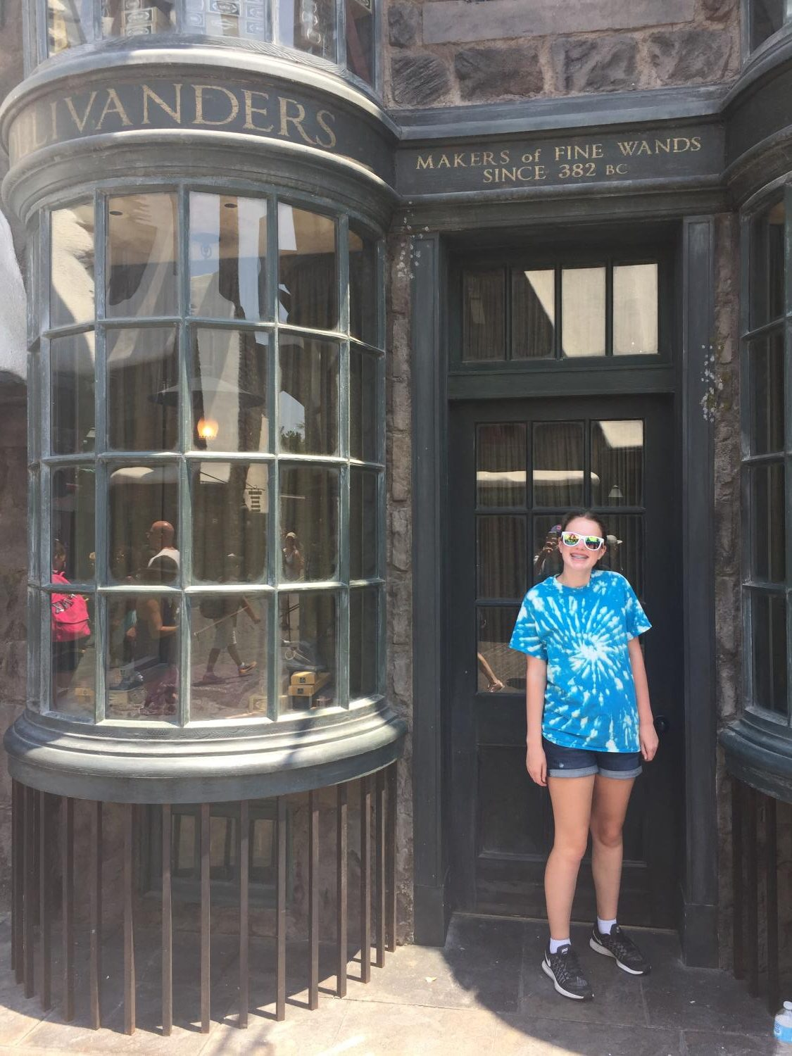 Sophie visits the Harry Potter theme park in Florida.