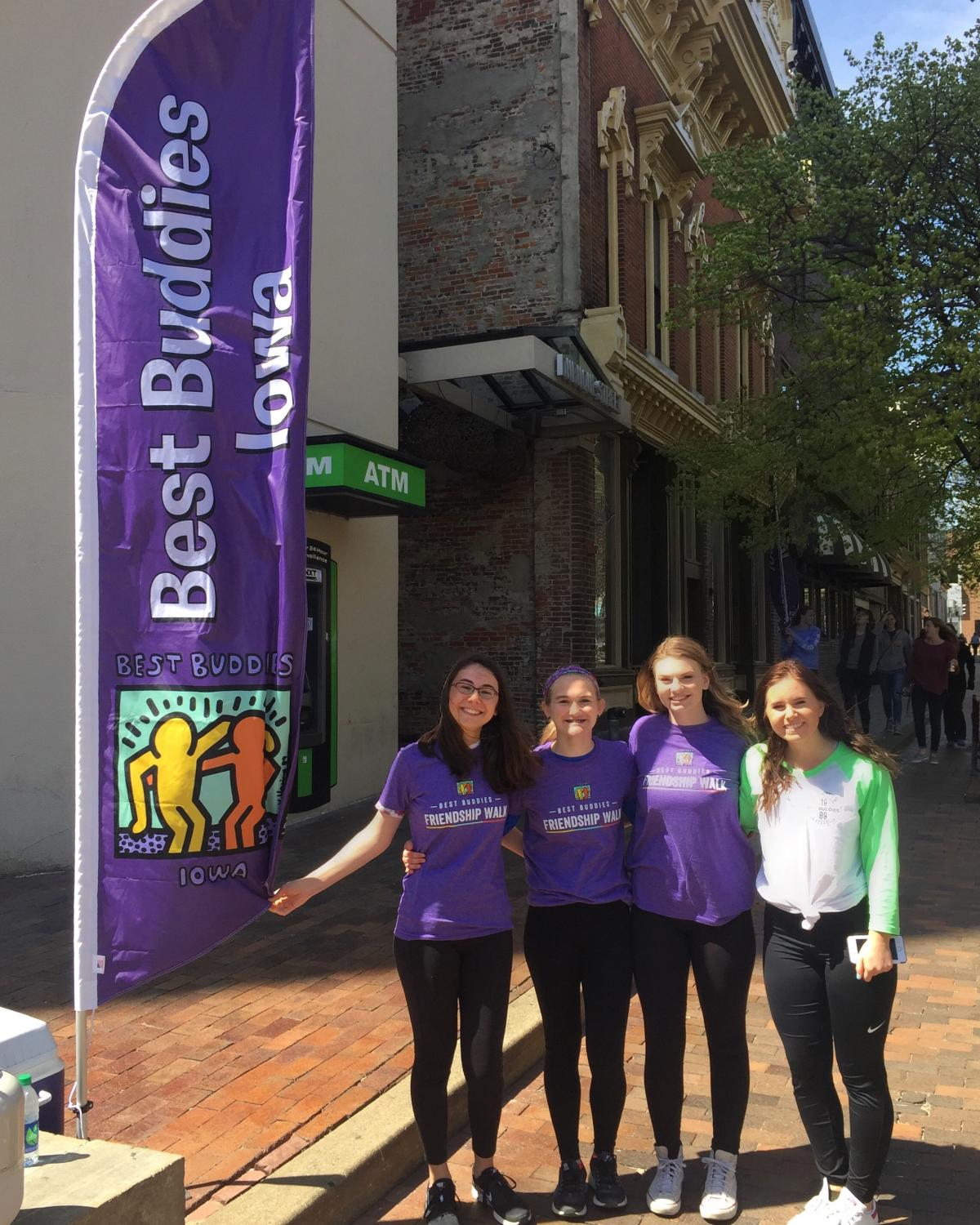 Laurel Haverkamp '20 at the 2016 Best Buddies Friendship Walk downtown Iowa City.