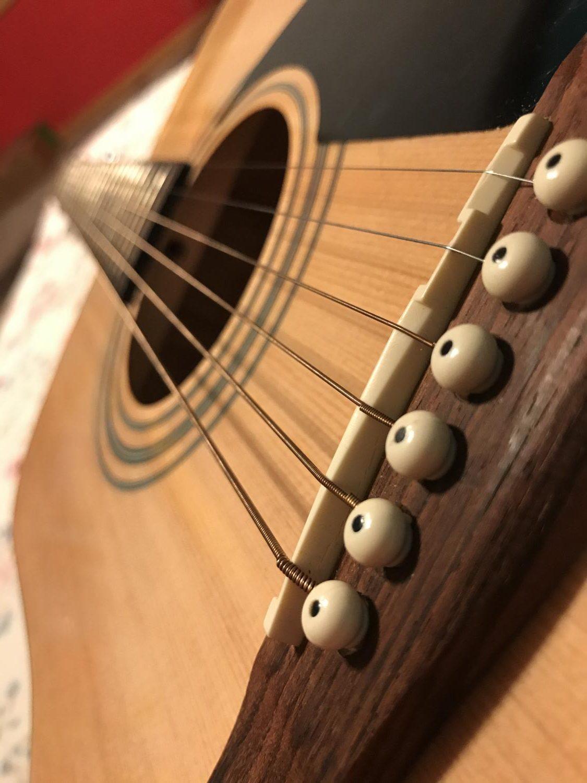 Sydney Wildes' guitar