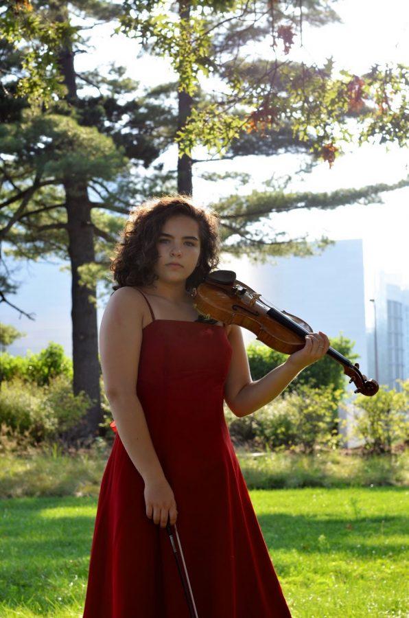 Katya+Moeller+a+Violinist
