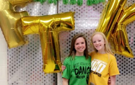 Brityn Gryp '23 (left) and Camille Gretter '23 (right) attend the WHSDM event in January 2017.