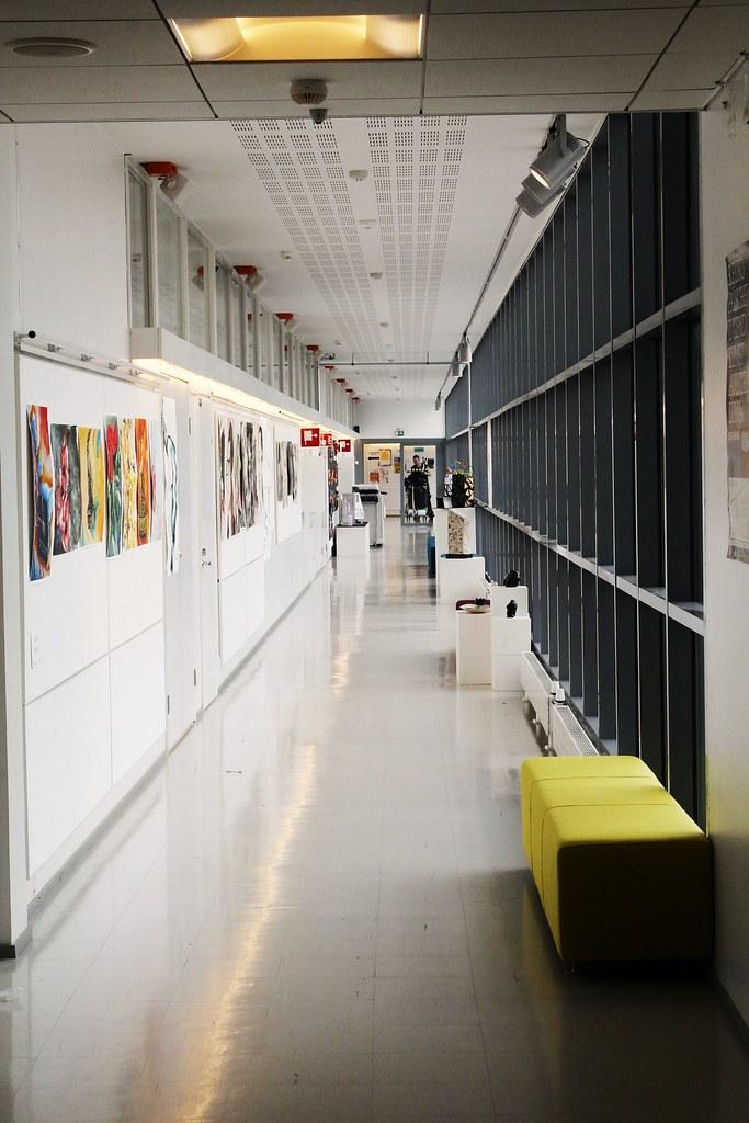A+school+hallway%2C+in+Finland.+