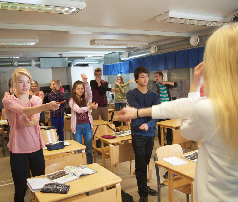 Finland%27s+schools+take+a+more+interactive+approach%2C+such+as+this+Finnish+high+school+class.